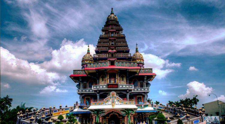 معبد شري ماريمان - إندونيسيا