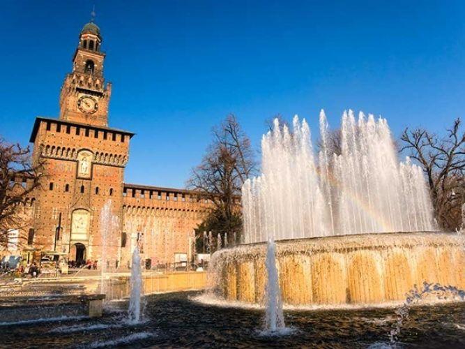 قلعة سفورزيسكو في ميلانو