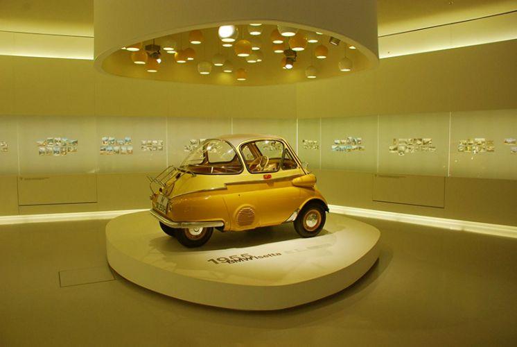 متحف BMW في ميونخ