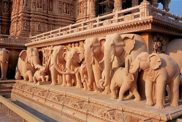 رسومات معبد سوامينارايان اكشاردام في نيودلهي