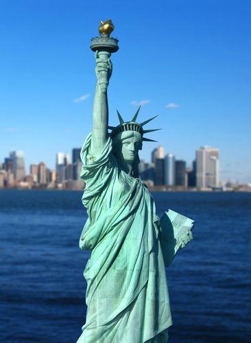 تمثال الحرية في نيويورك الولايات المتحدة الأمريكية سائح
