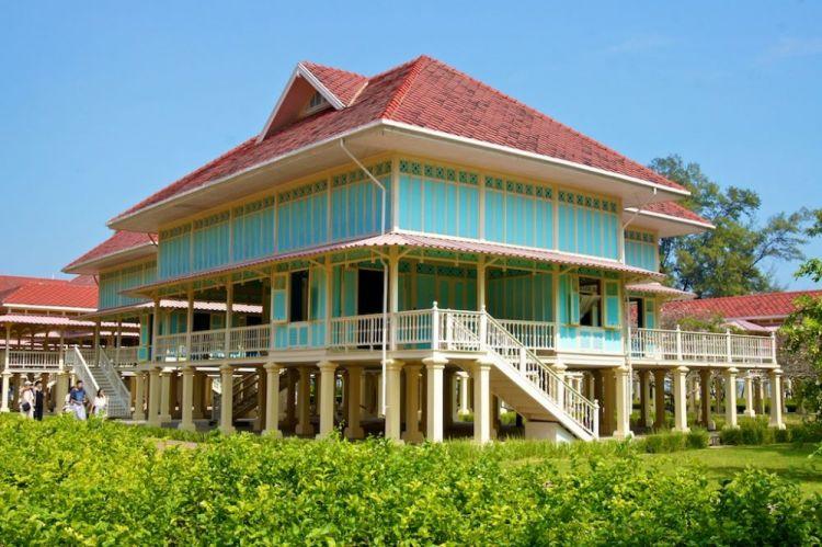 قصر تشا آم في هواهين - تايلاند