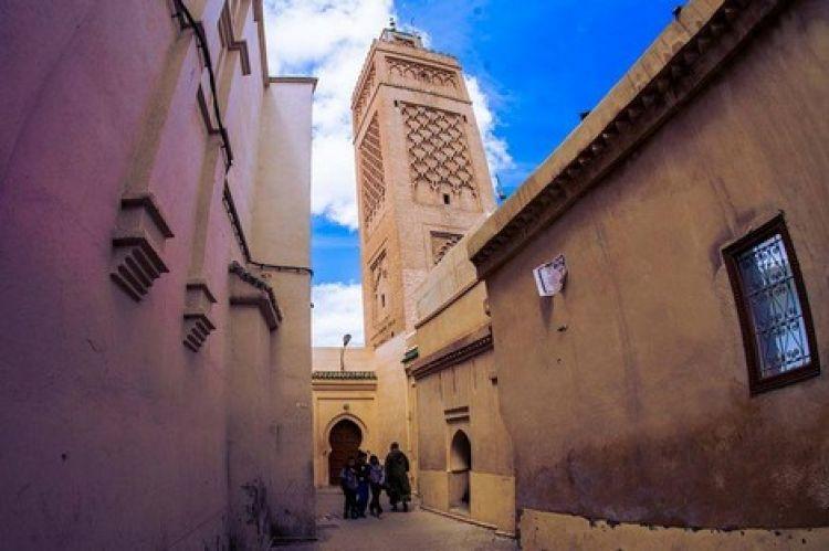 بني المسجد الاعظم بمدينة وجدة على يد السلطان أبي يعقوب يوسف