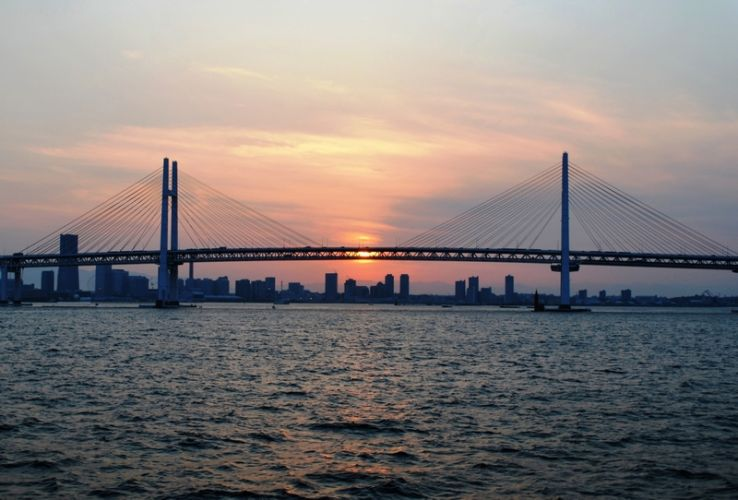 جسر خليج يوكوهاما - اليابان