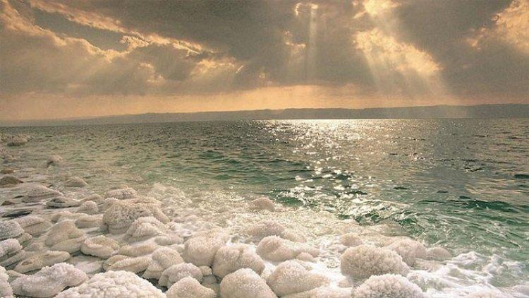 البحر الميت في الاردن