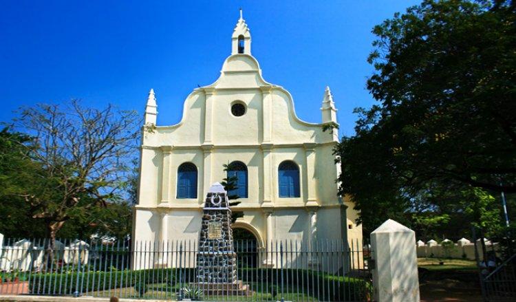 كنيسة القديس فرانسيس في كوتشي الهند