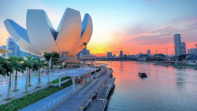 متحف علوم الفن أول متحف من نوعه في العالم في سنغافورة