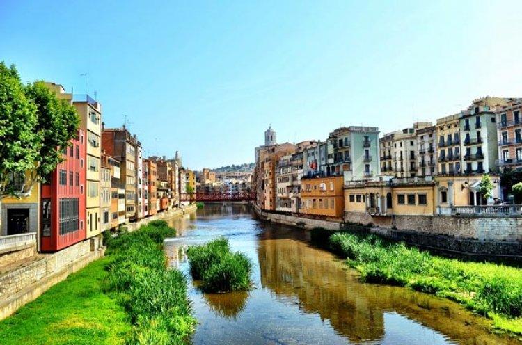 روعة المنظر والجمال والاناقة في جيرونا اسبانيا
