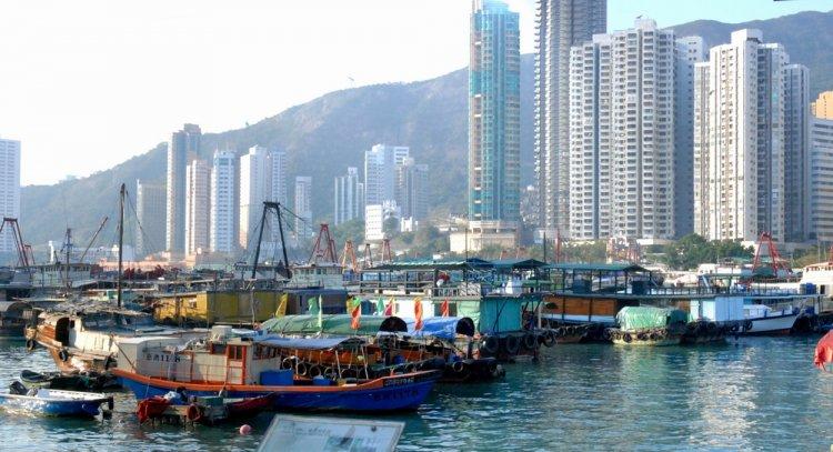 آب لي تشاو في هونغ كونغ
