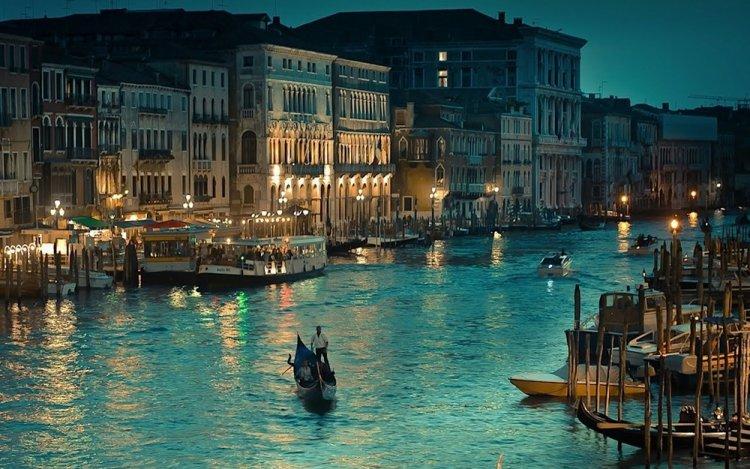 البندقية في إيطاليا