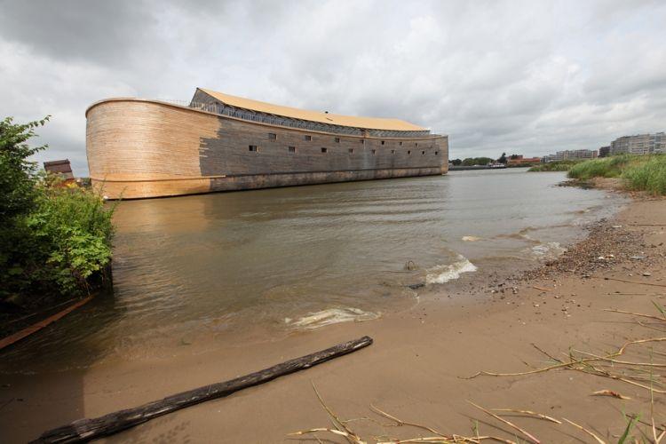 Johan Huibers boat