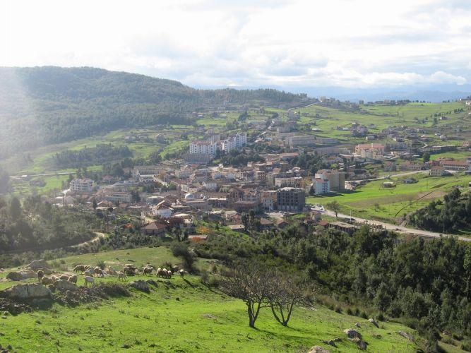 بلدية ياكورن .القبائل