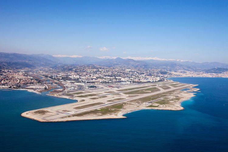 مطار نيس كوت دازور في فرنسا