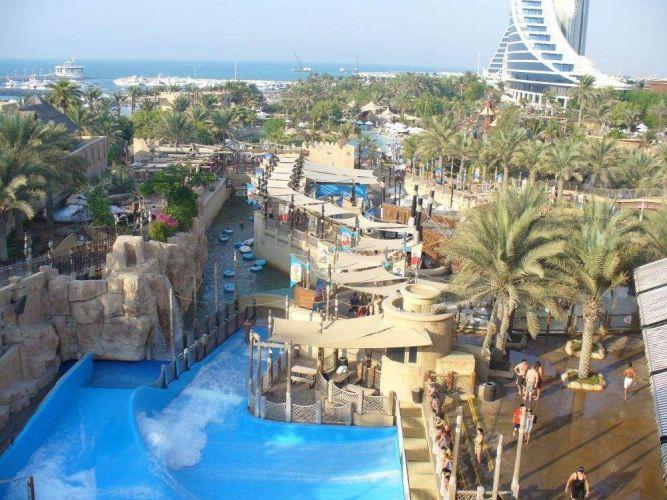 من حدائق دبي المائية