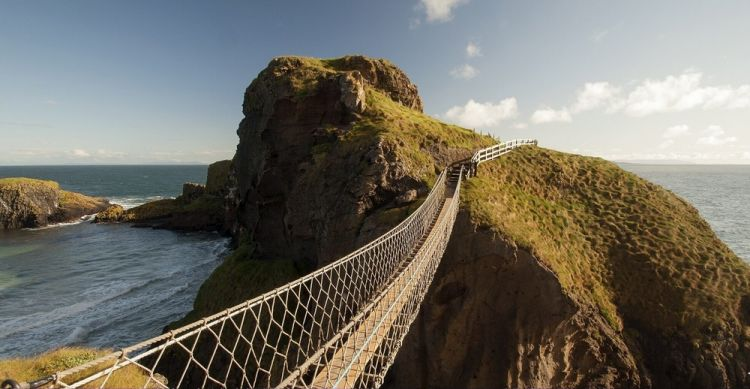 جسر كاريك ريدي روب