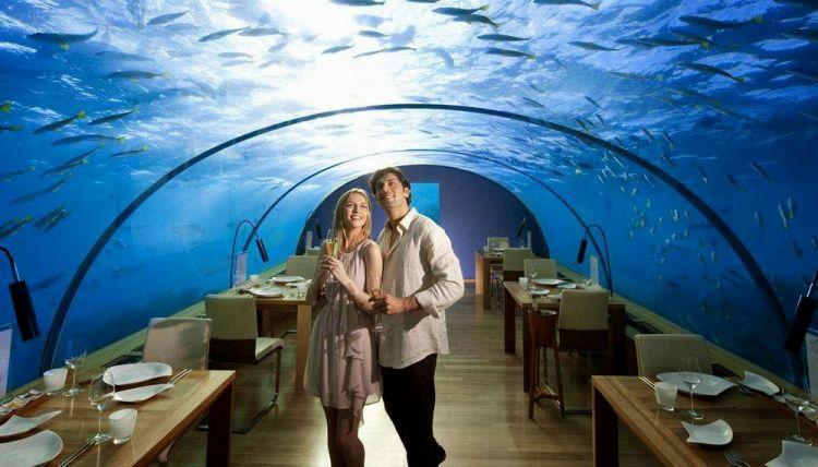 مطعم تحت الماء