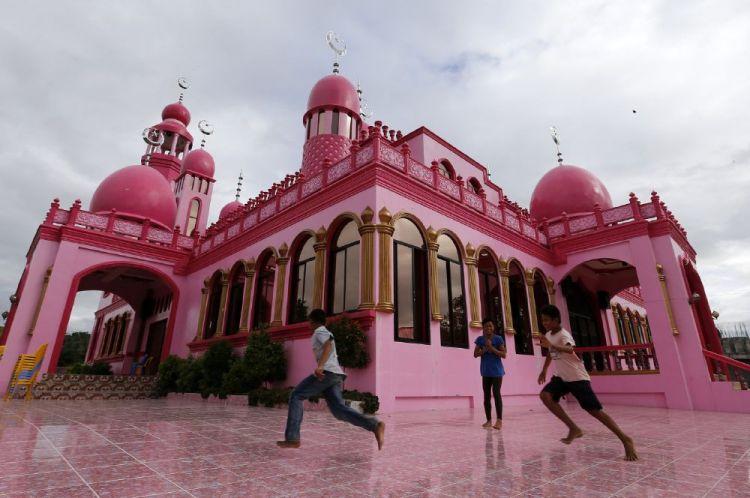 ساحة المسجد الوردي