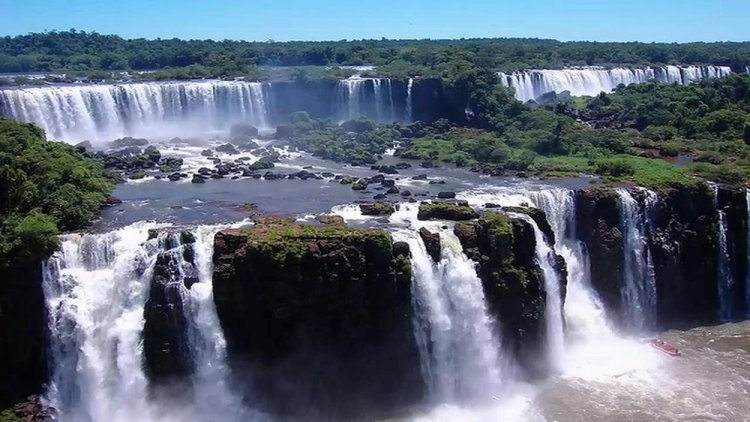 بويرتو أجوازو، البرازيل والأرجنتين