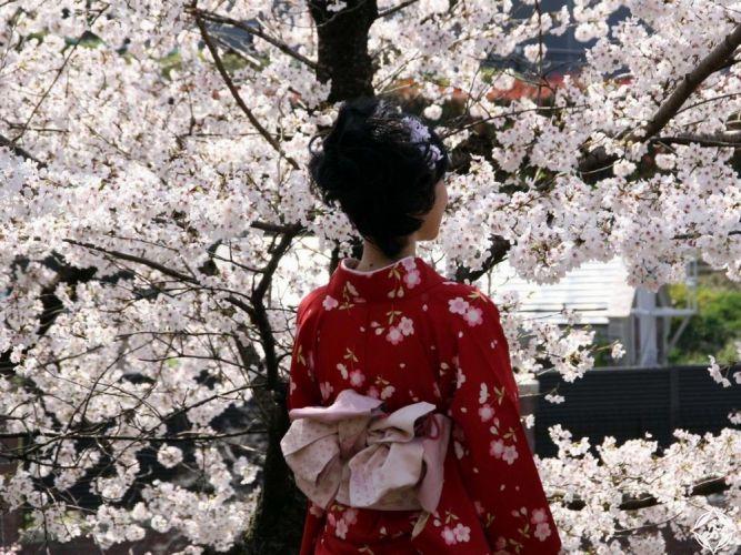 ارتداء الكيمونو الياباني