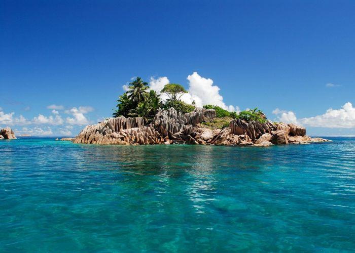 جزيرة راثلين