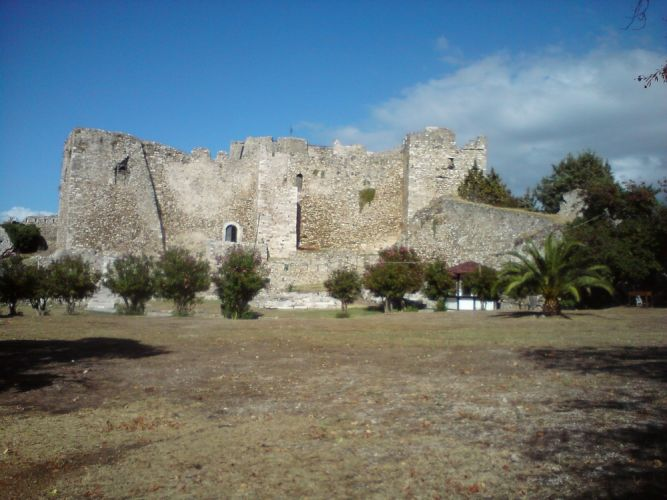 قلعة الكاسترو