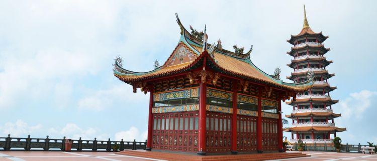 معبد فوزي