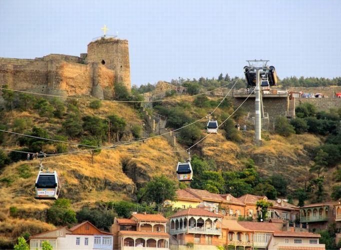 جبل Sololaki