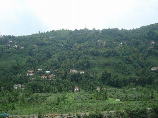 قرية أكيزديرة
