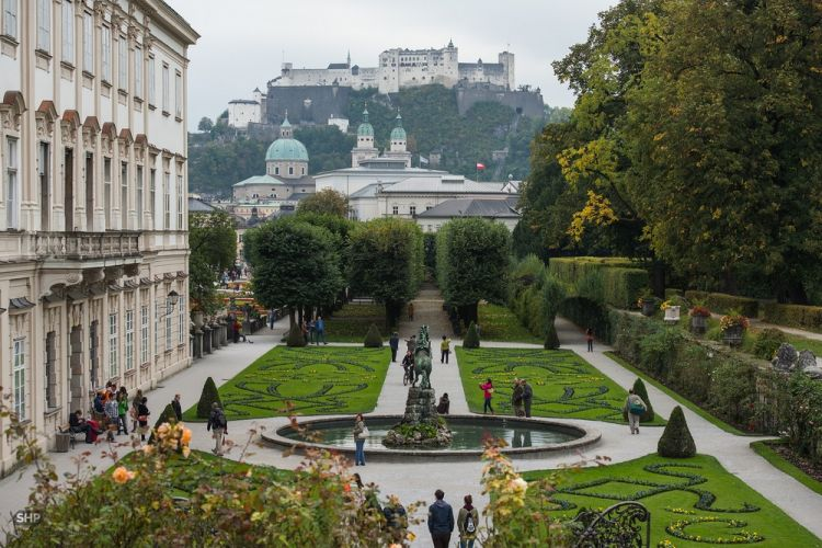 حديقة ميرابيل السياحية في النمسا