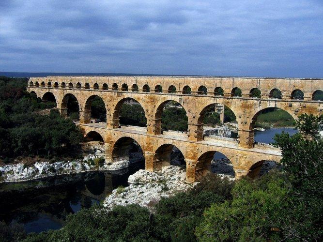 جسر جارد