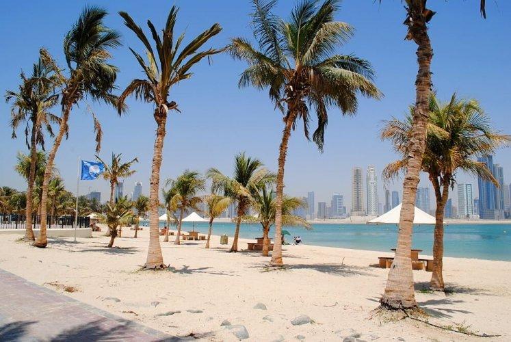 شاطئ حديقة الممزر في دبي