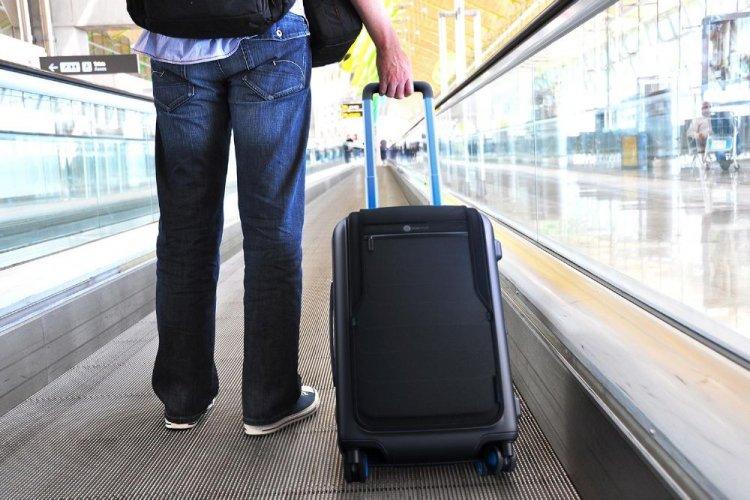 حقائب السفر الذكية