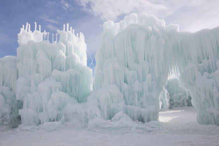 قلاع الثلج في لينكولن