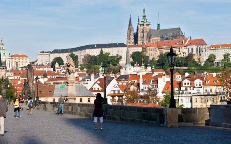أكبر قلعة تاريخية في العالم