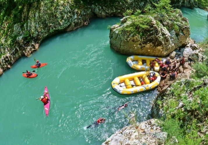 نهر نيريتفا في البوسنة والهرسك