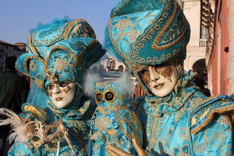 كرنفال الأقنعة في مدينة البندقية