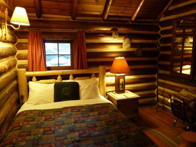 Storm Mountain Lodge