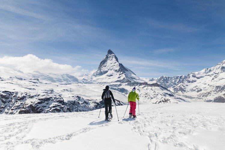 التزلج على الثلج في سويسرا