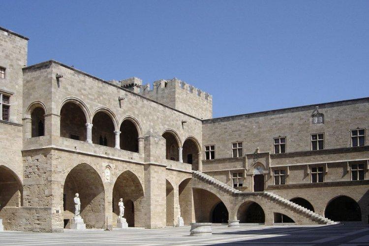 المدينة القديمة رودس