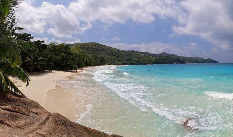 شاطئ أنسي لازيو