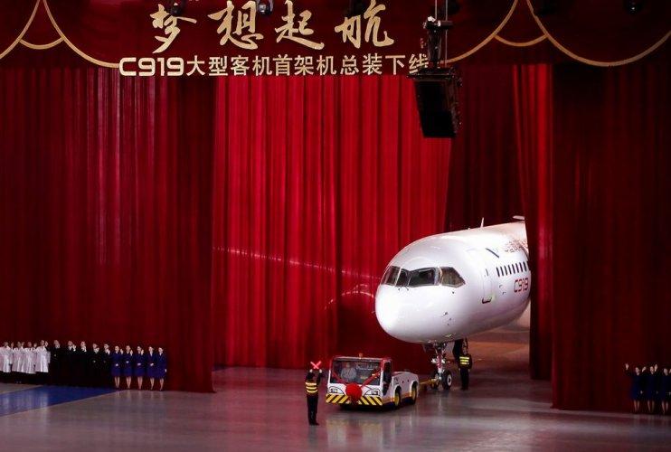 طائرة C919 الصينية الجديدة