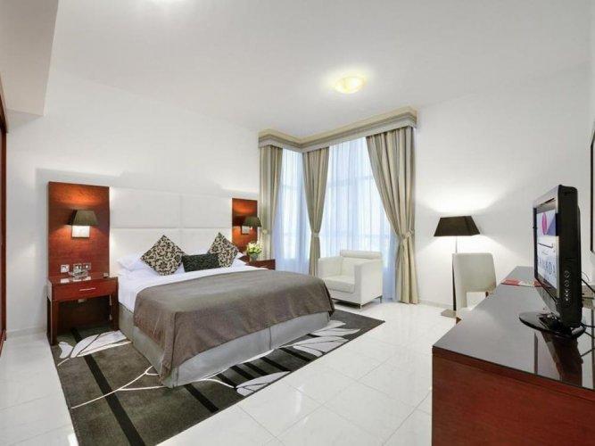 فندق وأجنحة رمادا الشارقة