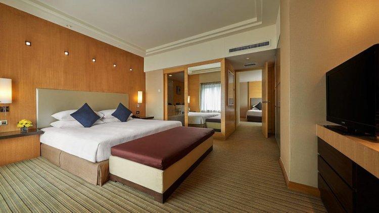 داخل فندق بارك رويال في ماليزيا