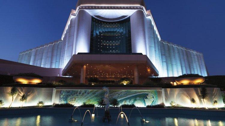 فندق ريتز كارلتون المنامة