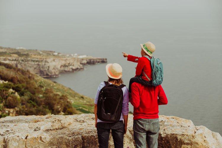 السفر في الأعياد والمناسبات