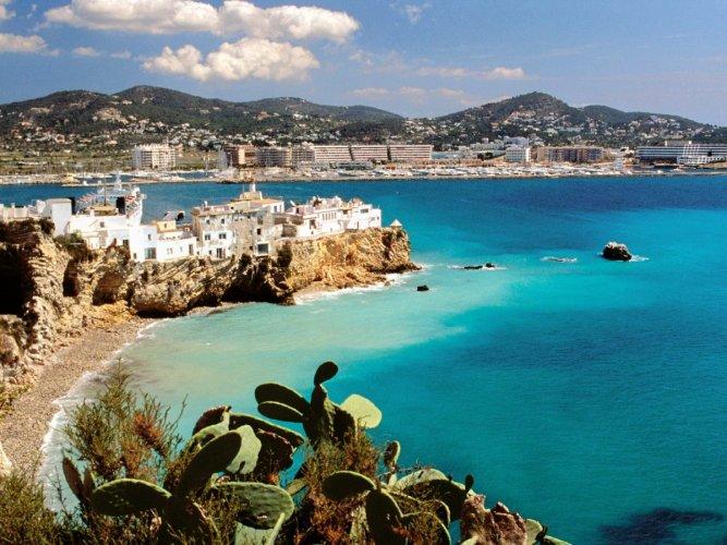فندق  ذا نيو الغارب بجزيرة اييبزا في اسبانيا