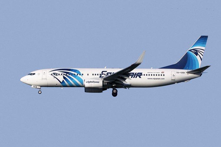 مصر للطيران تحيي الذكرى الأولى لطائرة باريس المنكوبة