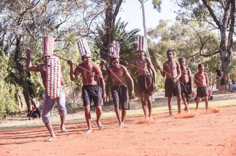 قبيلة سبينيفيكس