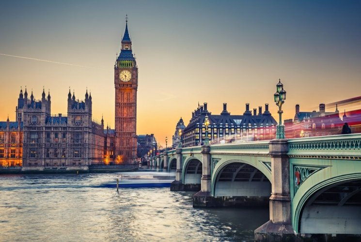 نصائح حول كيفية  السفر الى لندن بميزانية محدودة