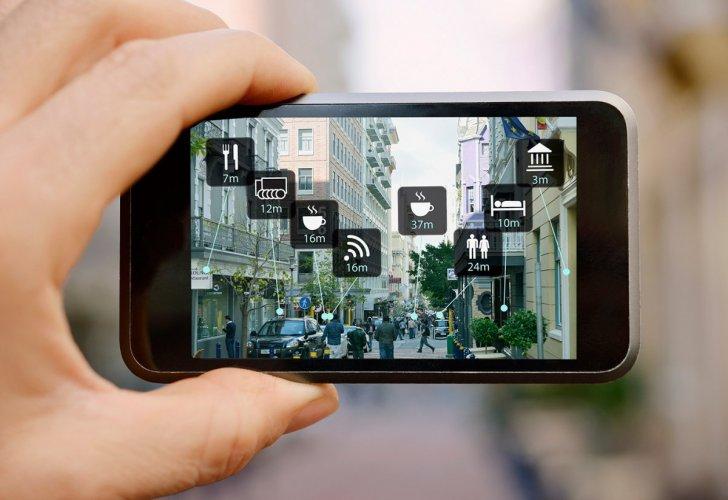 5 خصائص تجعل من الهاتف الذكي دليل للسياحة